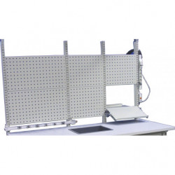 Panneau perforé H 400 mm pour fixation sur montants perforés