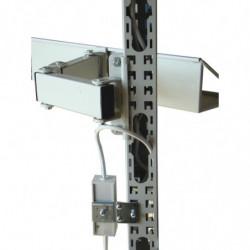 Montant perforé 60x60 pour passage des câbles