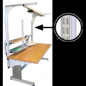 Poste de travail ergonomique d'atelier à montants perforés