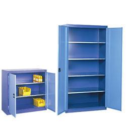 Sélection économique d'armoires à portes battantes